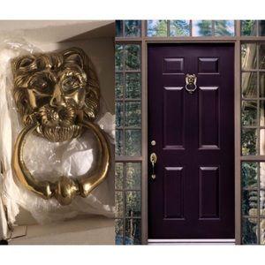 ✨NWT✨ Iconic & Luxurious Lion Door Knocker